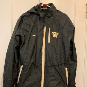 Nike team University of WA rain jacket sz S